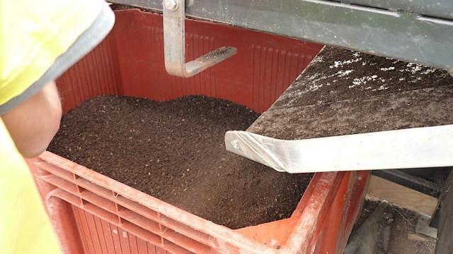 Machine à tamiser le compost (1)